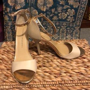 Chinese laundry lucky charms heels 9 medium